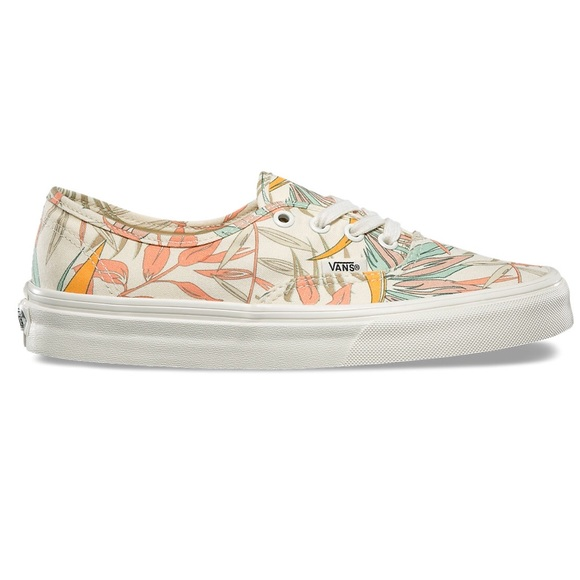 0671475496 CALIFORNIA FLORAL AUTHENTIC VANS. Size 8. M 5b3982ea04e33d8b095a3b70